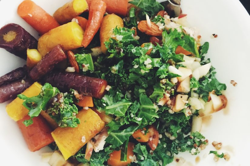I added roasted rainbow carrots to my salad today to make it a little different :)